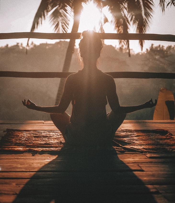 Ako úspešne začať meditovať
